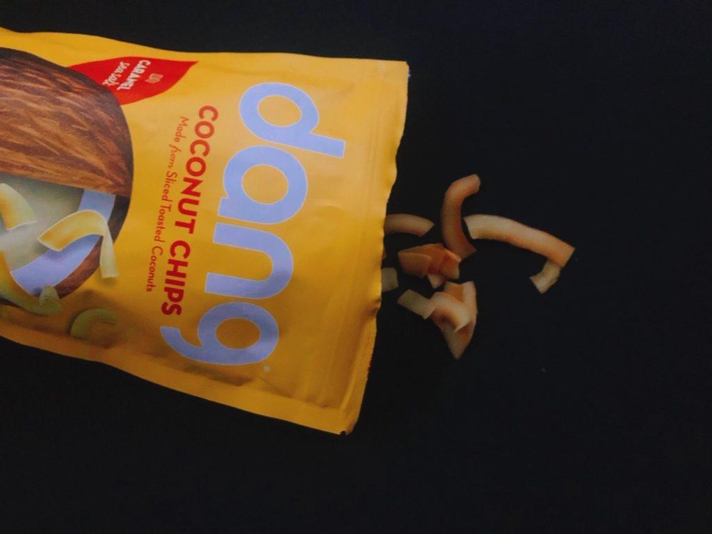 ダングのココナッツチップスキャラメル味