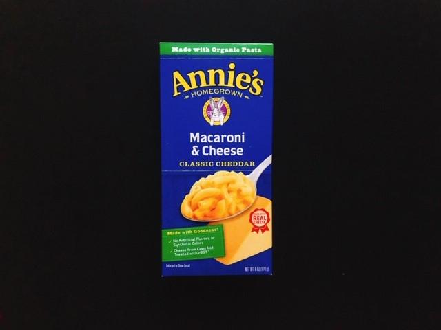 アニーズホームグロウンのマカロニチーズの青い箱表