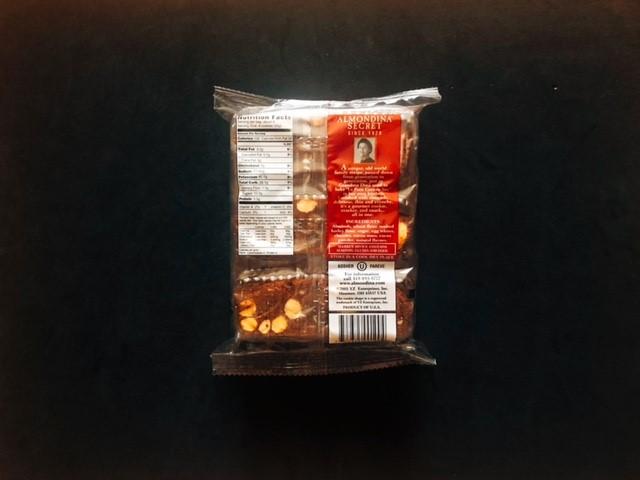 アーモンディーナのチェリーチョコビスケットの袋裏