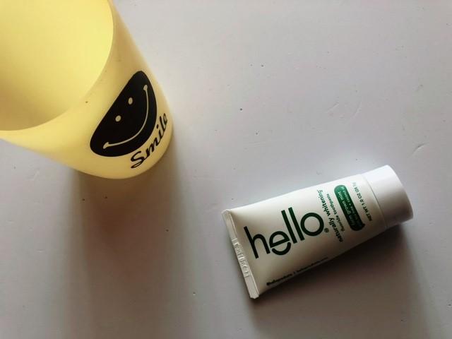コップとハローの歯磨き粉
